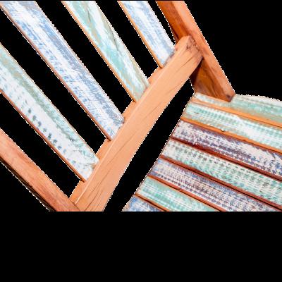 Cadeira de Madeira Modelo Ripada Acabamento Colorido 3 – CAD019