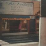 História da Arte Velha Fábrica de Móveis - Primeira loja de móveis de madeira de demolição