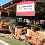 Arte Velha na Feira de Móveis Rústicos de Passos levando a produção de móveis com madeiras sustentáveis (4)