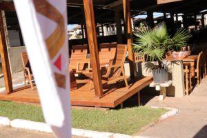 Arte Velha na Feira de Móveis Rústicos de Passos levando a produção de móveis com madeiras sustentáveis (5)