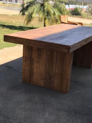 Mesa de Madeira Modelo Clean 4 – 724